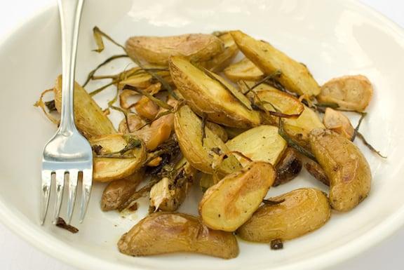 Fingerling potato fries