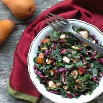 Fruity massaged kale salad