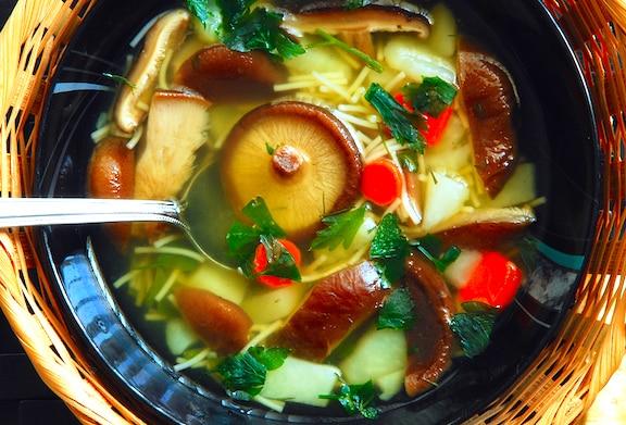 Shiitake Mushroom and Bok Choy Soup