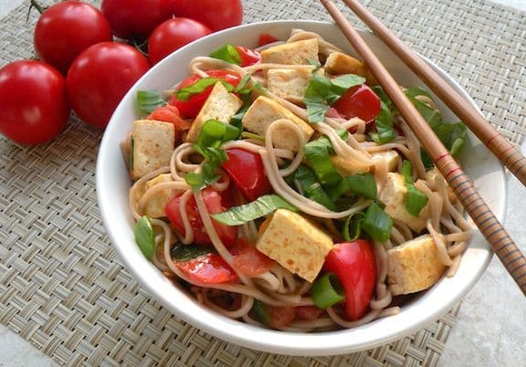 Soba with tofu, tomatoes, and basil