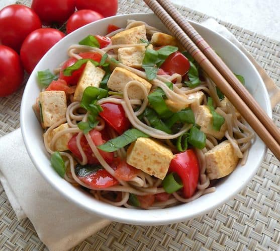 Soba with tofu, tomatoes, and basil recipe
