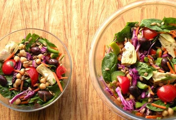 Spinach, chickpea, and artichoke salad recipe