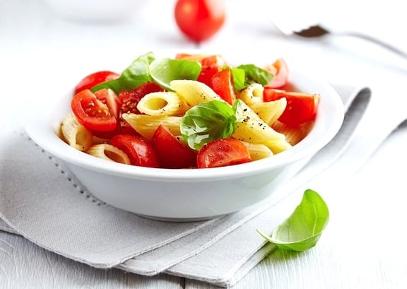 Pasta with fresh tomatoes and basil recipe