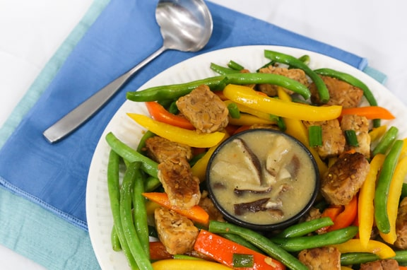 Tempeh and green beans with shiitake-miso gravy