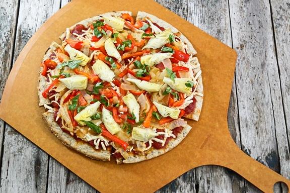 Vegan Onion and Artichoke Pizza recipe