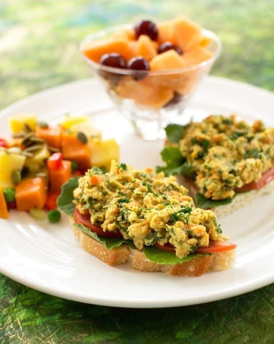 Chickpea and kale sandwich spread recipe