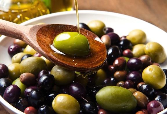 Fresh olive mix