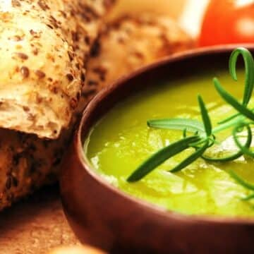 Cream of leek and asparagus soup recipe