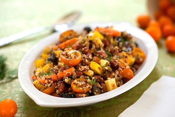 Quinoa salad with tomatoes and crisp veggies