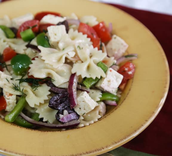 Greek flavored pasta salad recipe