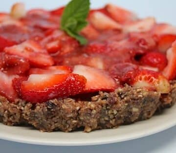 Raw Strawberry Tart from Carrie Forrest