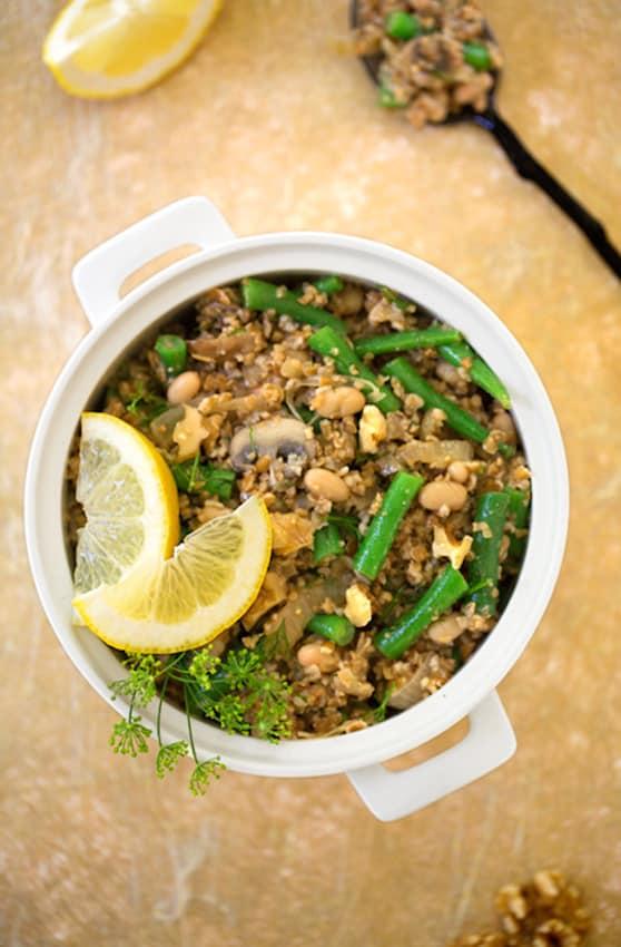 Lemony bulgur with green beans and walnuts recipe