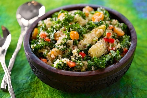 Quinoa, kale, and artichoke salad recipe