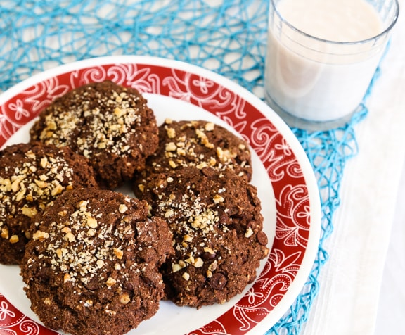 Chocolate Chip Oatmeal Cookies - vegan