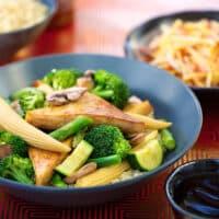 Tofu with green veggies