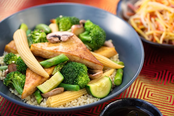 Tofu with green veggies stir-fry