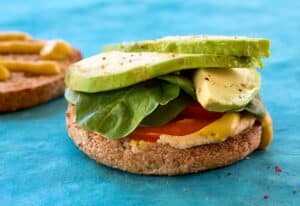 Hummus avocado and baby spinach sandwich recipe