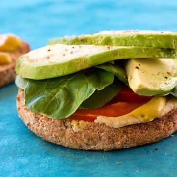 Hummus avocado and baby spinach sandwich recipe