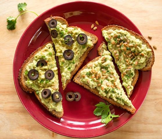 Avocado and chickpea sandwich spread recipe