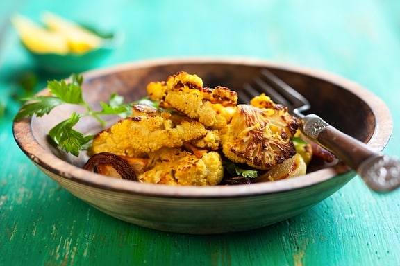 Golden Roasted cauliflower with red onion