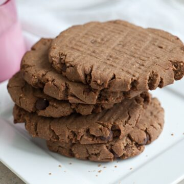 Peanut Butter Choco Chip teff Cookies from Leslie Cerier