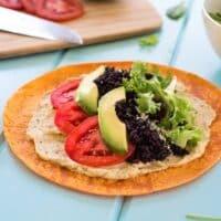 Hummus wraps with black rice and avocado