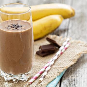 mocha maca banana smoothie