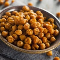 Skillet roasted spiced chickpeas