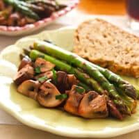 Garlicky asparagus with mushrooms
