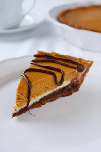 Vegan pumpkin cheesecake with a hint of chocolate recipe