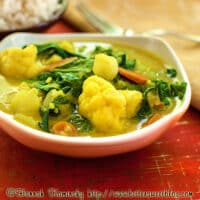 Coconut cauliflower curry recipe