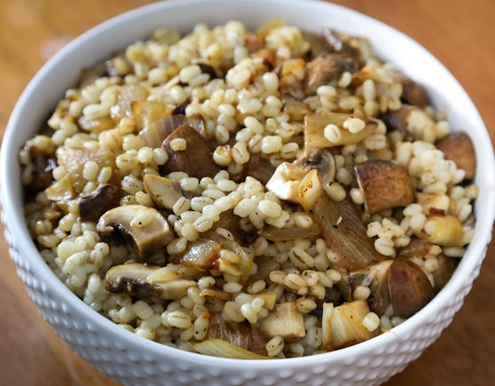 Barley with mushrooms and onions recipe