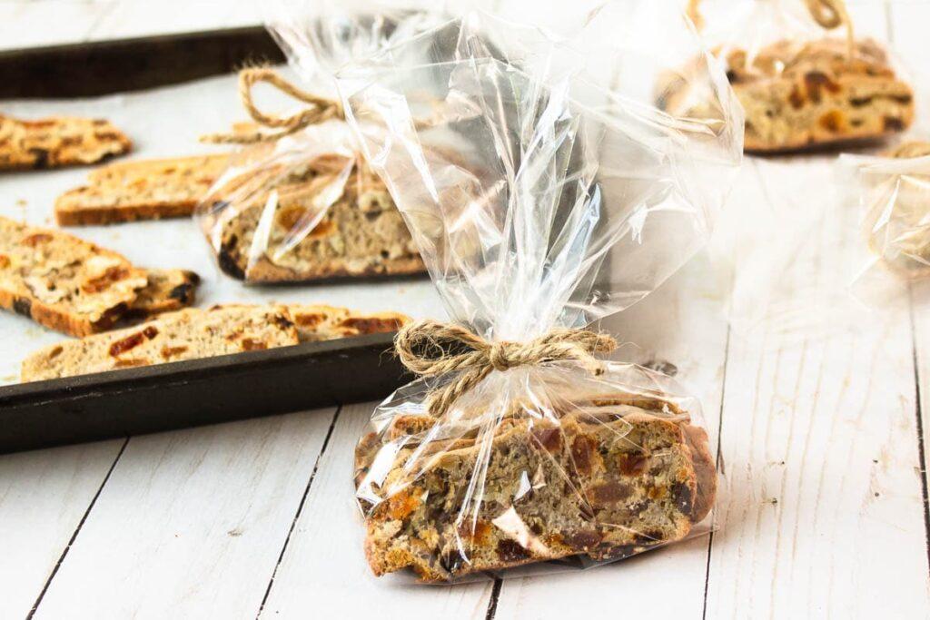 vegan biscotti cookies