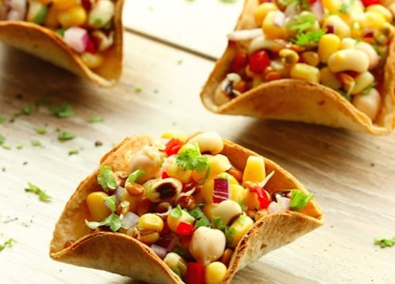Taco bowls with bean sprout salsa