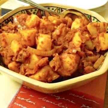Patatas Bravas - Spanish Tapas