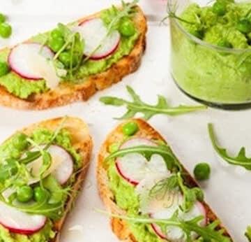 Green pea and arugula spread