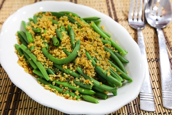 Crispy quinoa on green beans