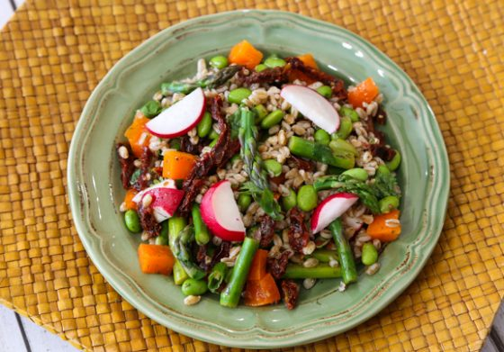 How to Cook Farro, the Hearty & Healthy Ancient Grain