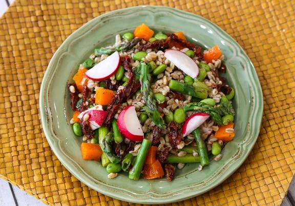 Farro asparagus salad