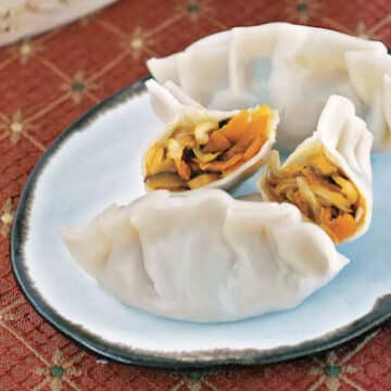 Instant Pot Asian vegan dumplings