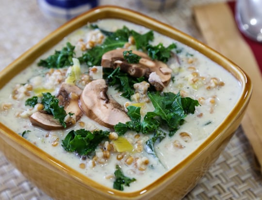 Creamy mushroom soup with leeks and ancient grains