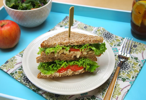 Apple-Pecan Tempeh Salad Sandwich Spread