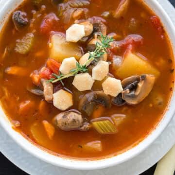 Vegan clam chowder