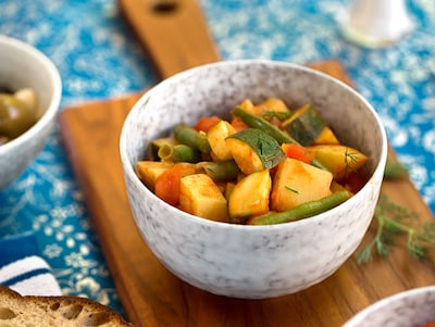 Greek potato and zucchini stew