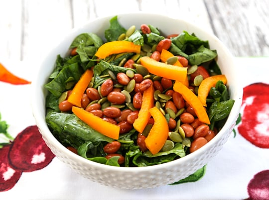 pinto bean and bell peppers salad