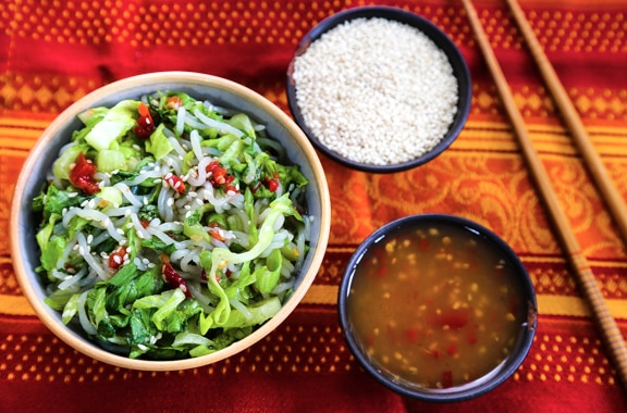 Cold shirataki noodle salad