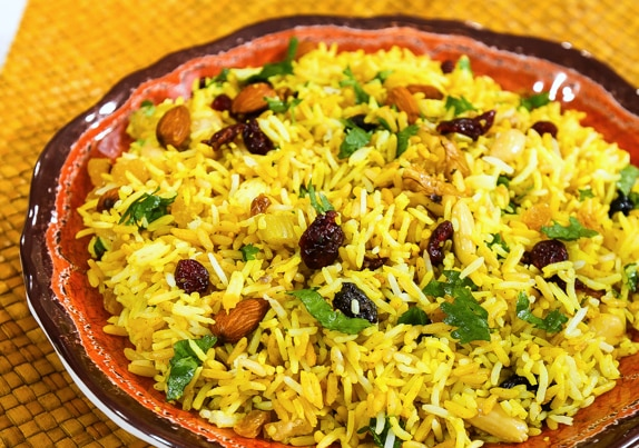 Instant fruit and nut rice pilaf