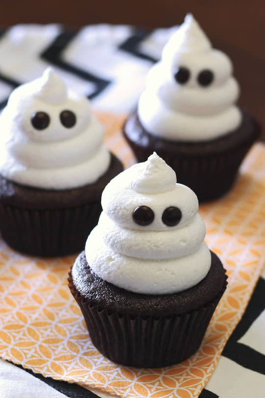ghost-cupcakes from Sarah Bakes Gluten Free