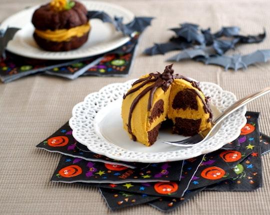 Halloween Whoopie Pies by Ricki Heller