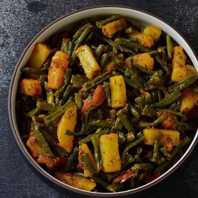 019 barbatti aloo long beans potato sabzi fb 2
